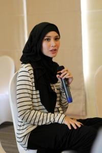 hijab hitan zaskia mecca5