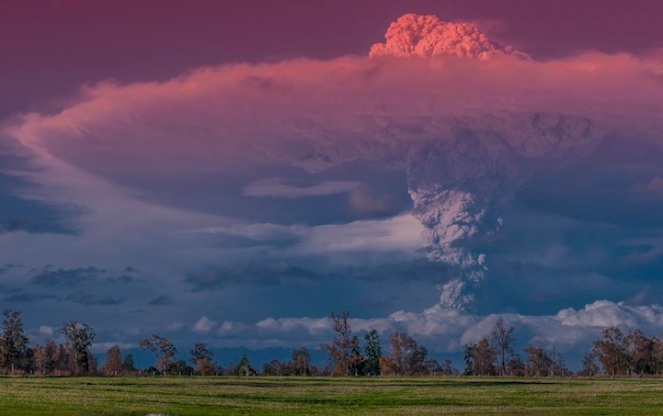 gunung berapi Cordón Caulle di Chili.